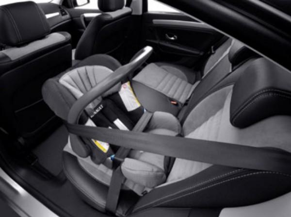 La seguridad en el coche important sima para los peques for Sillas seguridad coche