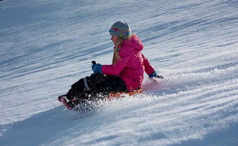 Estaciones de esquí para disfrutar de la nieve con la familia