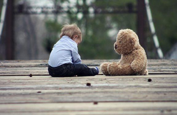 Estimular la pisocomotricidad del bebé con juguetes