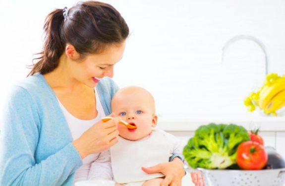 Alimenta a tu bebé con ingredientes naturales